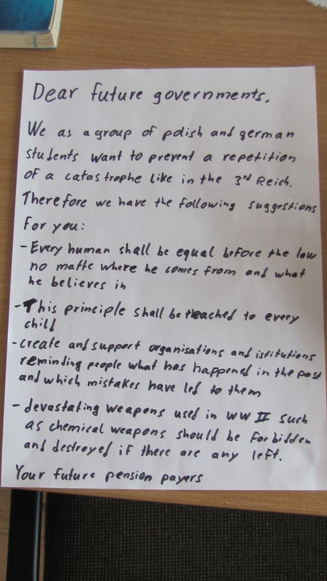 Poster Was können wir aus Ausschwitz lernen 3 - letter to future government